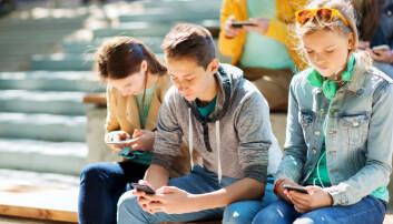 Mobiltelefonen er en fast partner. Men forholdet kan bli usunt om du blir redd når den er utenfor rekkevidde. (Foto: Shutterstock/NTB scanpix)
