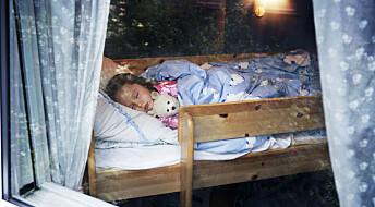 Slik får barnet riktig søvnrytme til skolestart