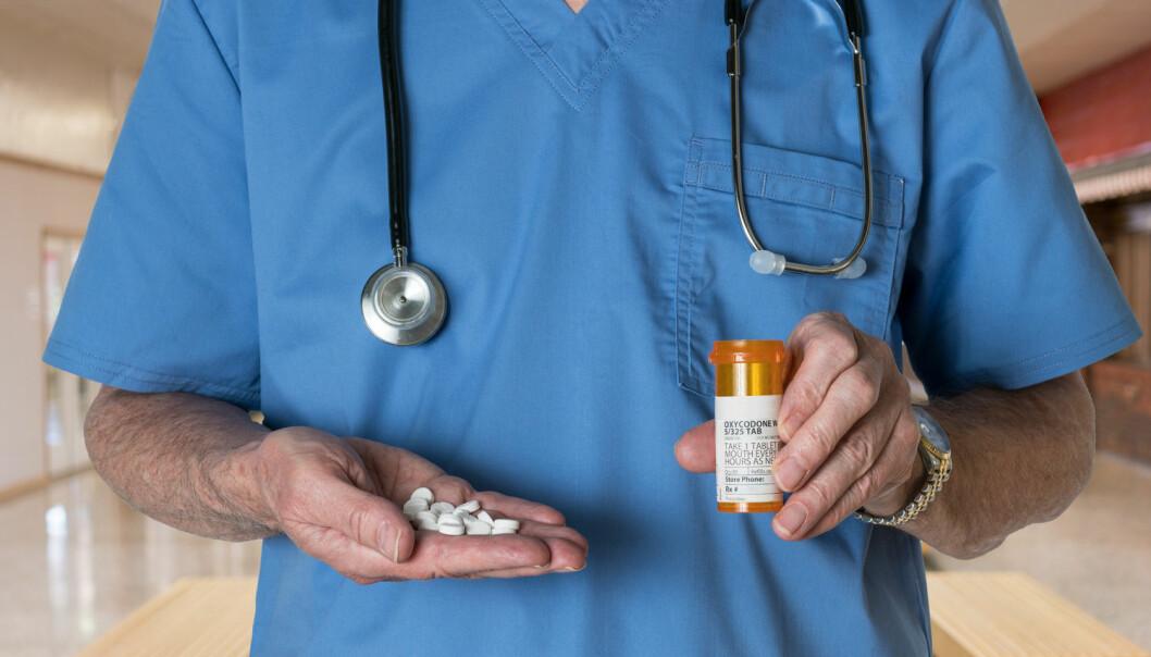 USA har store problemer med misbruk av legemidler. Sterke smertestillende piller med opioider som morfin eller oksykodon er avhengighetsskapende. Nesten halvparten av amerikanerne som dør av en overdose opioider tar medisiner som en lege har skrevet ut. (Foto: Shutterstock/NTB scanpix)