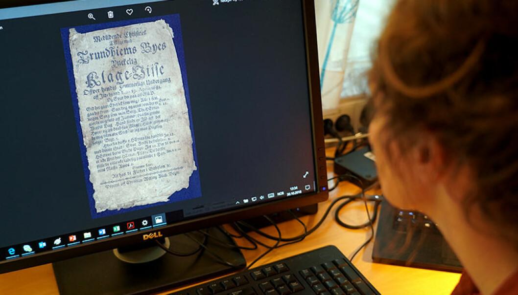 1200 gamle skillingstrykk har til nå ligget ganske så utilgjengelig på lager kjelleren til Gunnerusbiblioteket ved NTNU. Nå skal de skannes og legges inn i en søkbar database. (Foto: Egil Lund)