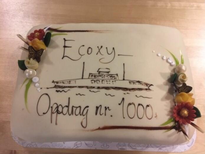 Ecoxy var det første selskapet i Norge som ble akkreditert for NOx-målinger og dokumentasjon av utslipp. Nå har vi målt utslipp 1000 ganger! Det feires med kake. (Foto: NTNU Energi)