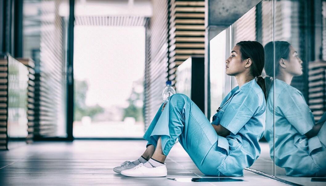 Menn og kvinner i helse- og sosialsektoren er mer utsatt enn andre for vold og trusler, ifølge de nye tallene. (Illustrasjonsfoto: vectorfusionart / Shutterstock / NTB scanpix)