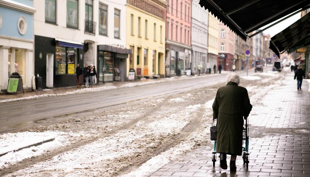 Vi blir færre, men eldre. Forskere kaster nytt lys over eldrebølgen. (Foto: Tyler Olson / Shutterstock / NTB scanpix)