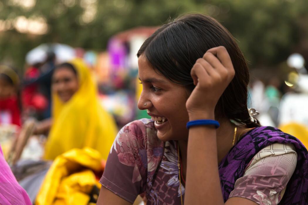 – Flere kvinner enn tidligere lever mer selvstendige liv, de tar bussen og deltar i det offentlige rom. Samtidig styrer kulturelle forestillinger ofte hvordan de kan oppføre seg, sier forsker. (Illustrasjonsfoto: Filipe Frazao / Shutterstock / NTB scanpix)