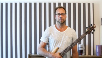 Boo Fredrik Sahlander er blitt en bedre elbassist etter to år med Gary Willis' improvisasjonsmetodikk. (Foto: Atle Christiansen)
