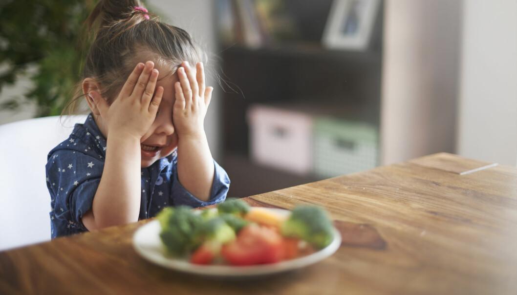 Mange barn nekter plent å spise visse matvarer, som grønnsaker eller fisk. Noen av dem kan ha en spiseforstyrrelse.  (Foto: Shutterstock/NTB/Scanpix)