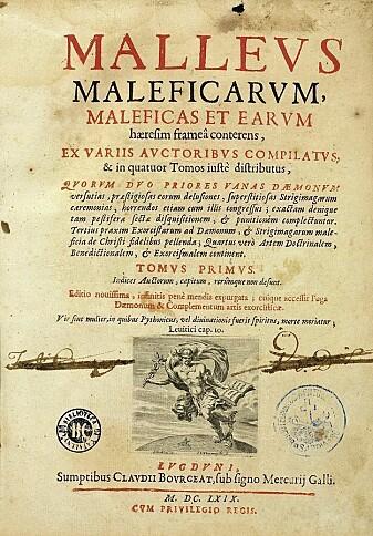 Denne boka får mye av skylda for at mange syntes det var riktig å forfølge og straffe folk for hekseri. Boka het Malleus Maleficarum, og på norsk kalles den Heksehammeren. Den ble skrevet av munken Heinrich Kramer og professoren Jacob Sprenger på 1400-tallet. (Bildelisens: se grønn boks)