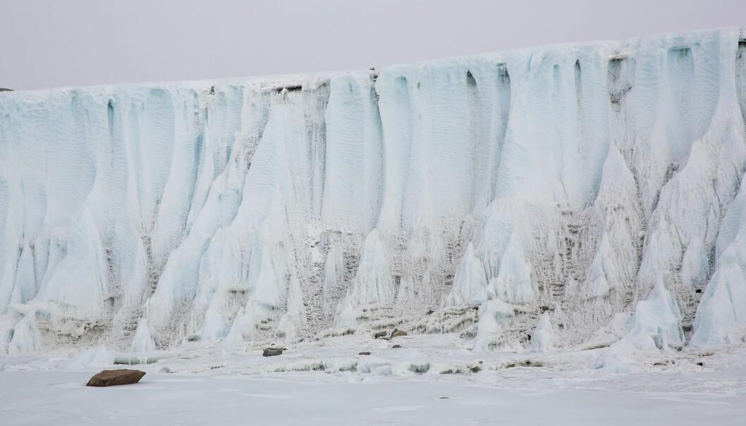 Spektakulær natur i området rundt Jutulsessen i Antarktis. Forskerne fra Polarinstituttet skal innom den norske forskningsstasjonen Troll i Antarktis på vei til Valkyrjedomen. (Arkivfoto: Tore Meek / NTB scanpix)