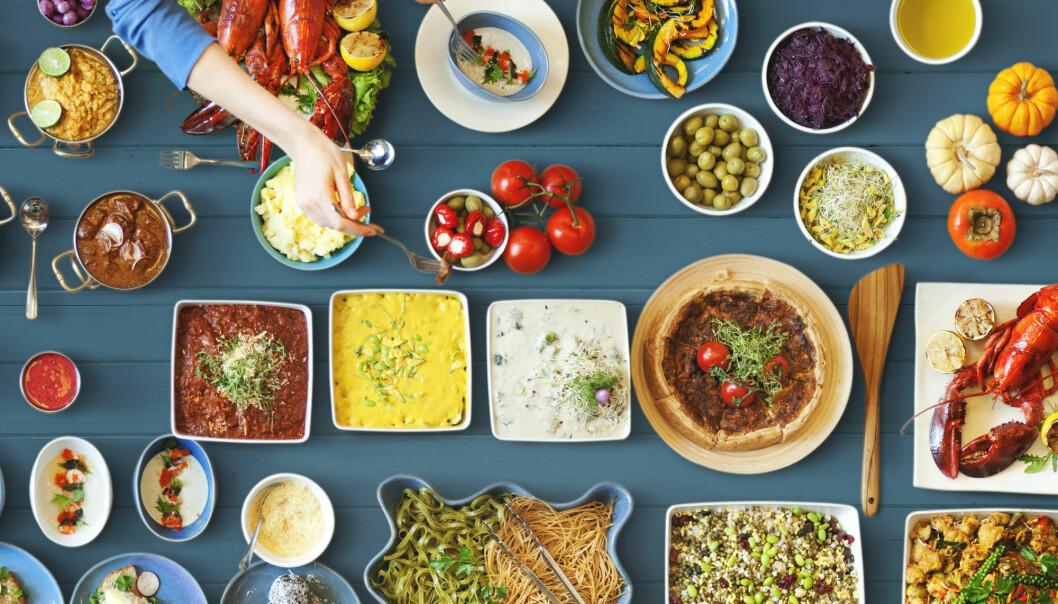 Så lenge du velger riktige matvarer, kan det være sunt med både mye og lite fett, ifølge et knippe forskere med ulikt ståsted i kostholdsdebatten. (Foto: Rawpixel.com / Shutterstock / NTB scanpix)