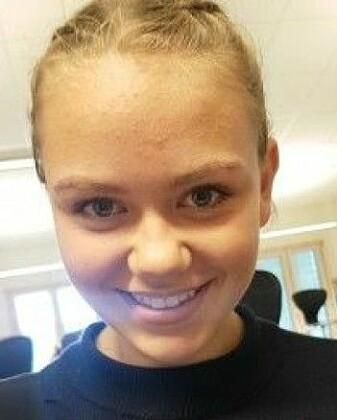 Veslemøy Mehus elev på Li ungdomsskole. Hun bruker Facebook til å holde styr på treninger. (Foto: Ida Sofie Frøyland)