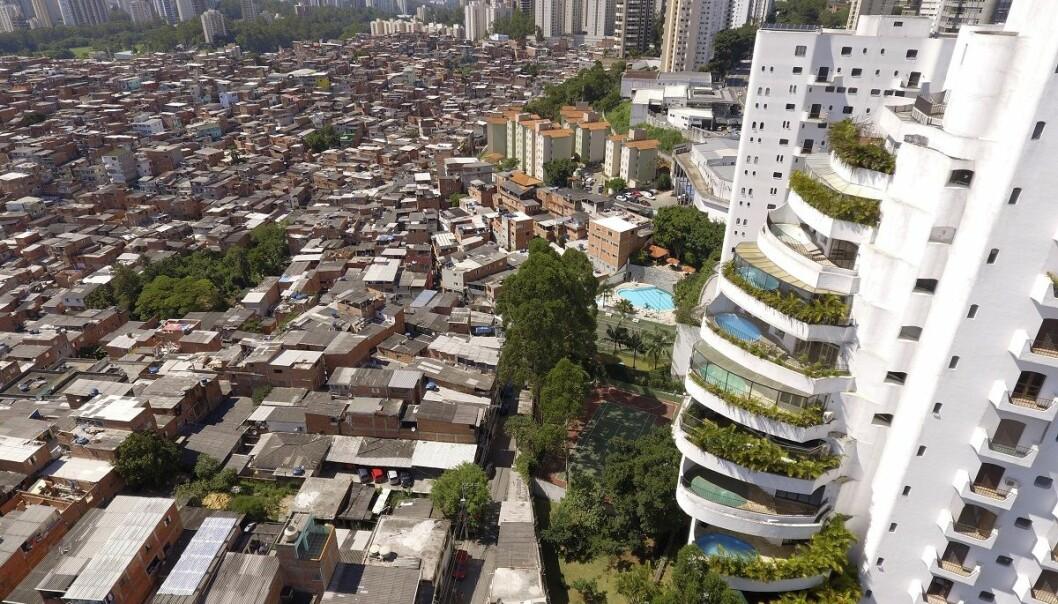 Hvorfor er det forskjeller i samfunnet, hvis folk vil omfordele rikdommen? Bildet viser de store økonomiske forskjellene i den brasilianske byen São Paulo. (Foto: Costa Fernandes, Shutterstock, NTB scanpix)
