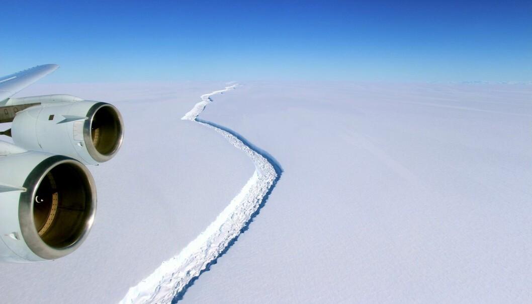 Bildet er fra august i fjor da den store sprekken først ble oppdaget. (Foto: NASA, John Sonntag)