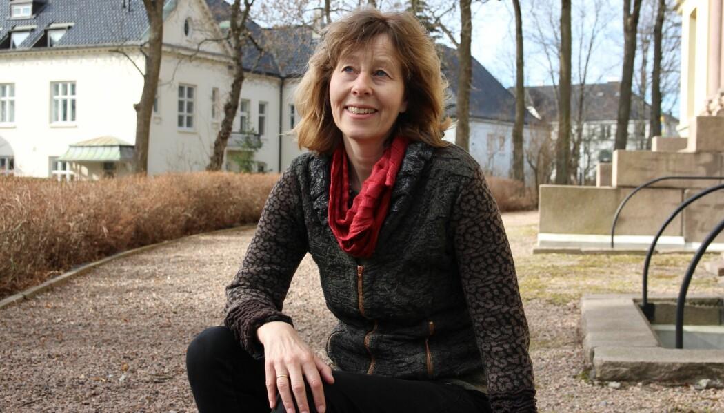 Professor Marianne Lien, Heather Swanson og Gro Ween er redaktørene bak en ny antologi om husdyrhold. (Foto: Senter for grunnforskning(CAS))