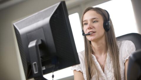 82952421 Kan det å jobbe med telefonsalg når du egentlig er overkvalifisert til det,  faktisk skade