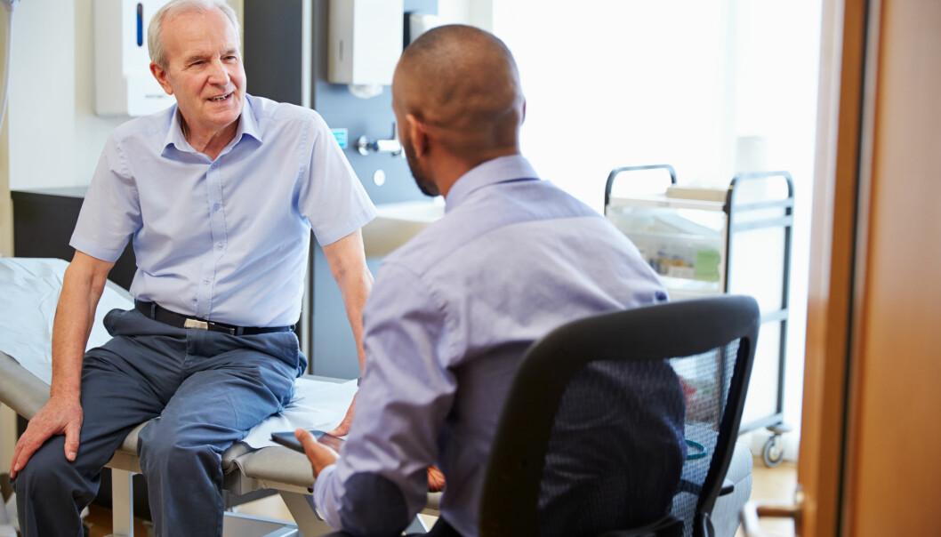 Det er vanskelig å oppdage andre sykdommer hos personer med demens. Derfor får de også sjeldnere andre diagnoser. Dette må vi gjøre noe med, ifølge forsker. (Foto: Shutterstock / NTB Scanpix)