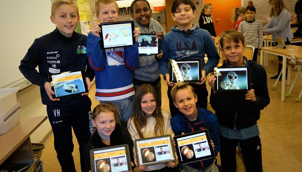 Barna i sjetteklasse på Prestrud skole var de første som fikk åpne UNG.forskning.no i dag. (Foto: Ingrid Schou)
