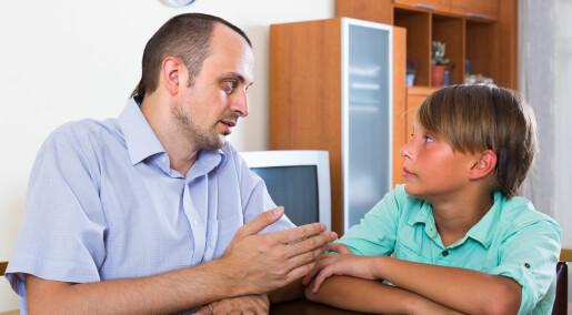 Slik snakker du med barna om skremmende nyheter