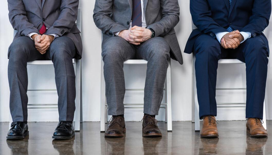 Hvis forsøkspersonene i et eksperiment mente noen «hørtes» eller «så» homofil eller lesbisk ut, vurderte de dem jevnt over som mindre kompetente til en jobb som toppsjef i et fiktivt firma.  (Foto: Shutterstock / NTB scanpix)