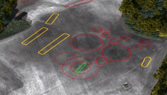 De geofysiske studiene avslørte et skip, flere hus og minst åtte ukjente gravhauger. (Screendump fra NIKUs video om det nye funnet)