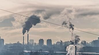Forskere prøver å ta CO2 ut av lufta for å lage produkter som nå lages av olje