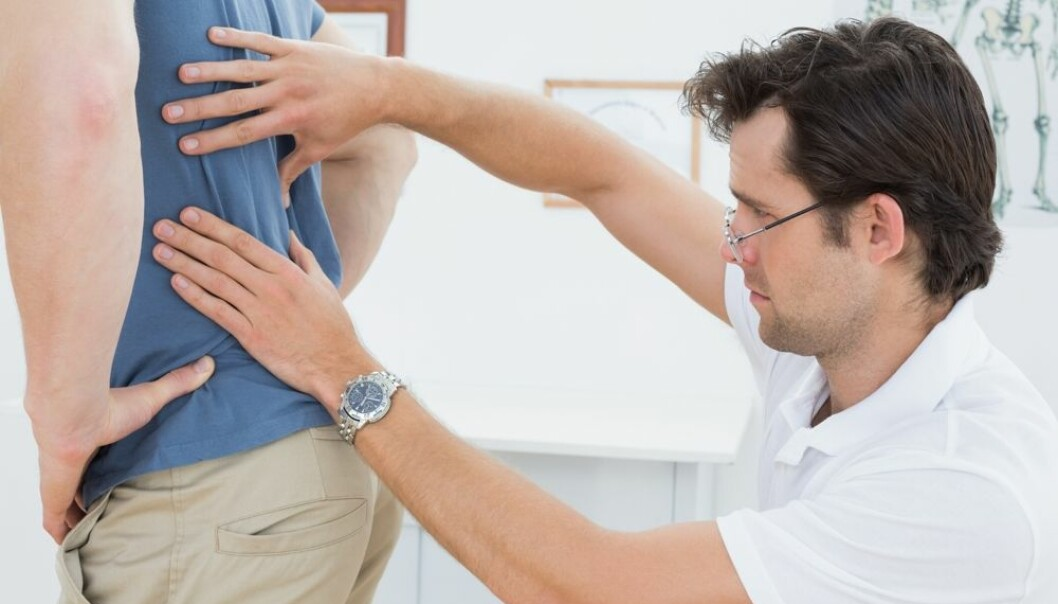 Jo flere som behandler ryggpasienter, jo mer sykeliggjøring blir det av pasientene, mener forskere. Dette fører til mange og lange sykemeldinger. (Foto: lightwavemedia / Shutterstock / NTB scanpix)