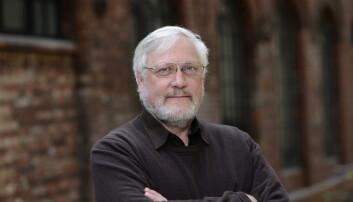 Lars Gule, førstamanuensis ved HiOA, har spesialisert seg på på ekstremisme. I denne podcasten svarer han på spørsmål flere kanskje sitter inne med: Hvordan skal vi leve med terrorfrykten i hverdagen? Skal vi for eksempel tilpasse ferieplanene våre etter terror?  (Foto: Sonja Balci)