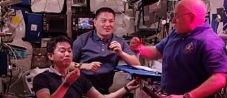 Derfor skåler astronautene med salat i verdensrommet