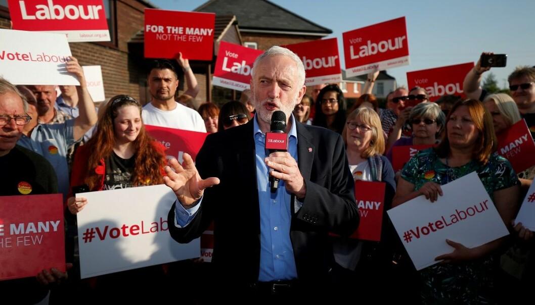 Labour-leder Jeremy Corbyn da han holdt en tale i Rotherham tidligere i år. Nå har partiet hans sikret seg enda flere seter i parlamentet (Foto: Andrew Yates, Reuters, NTB scanpix)