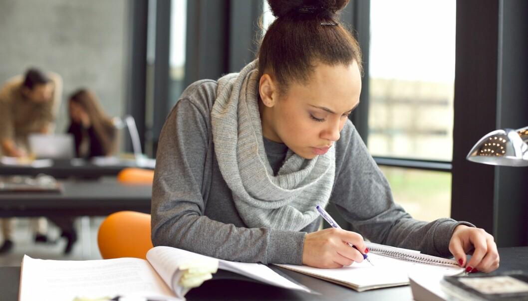 -Funnene i både denne studien og tidligere arbeider fra vår lab demonstrerer at tegning er en mye bedre studieteknikk for å forbedre hukommelsebaserte prestasjoner sammenlignet med andre, vanligere metoder, skriver Melissa Meade på e-post til forskning.no. (Foto: Jacob Lund / Shutterstock / NTB scanpix)