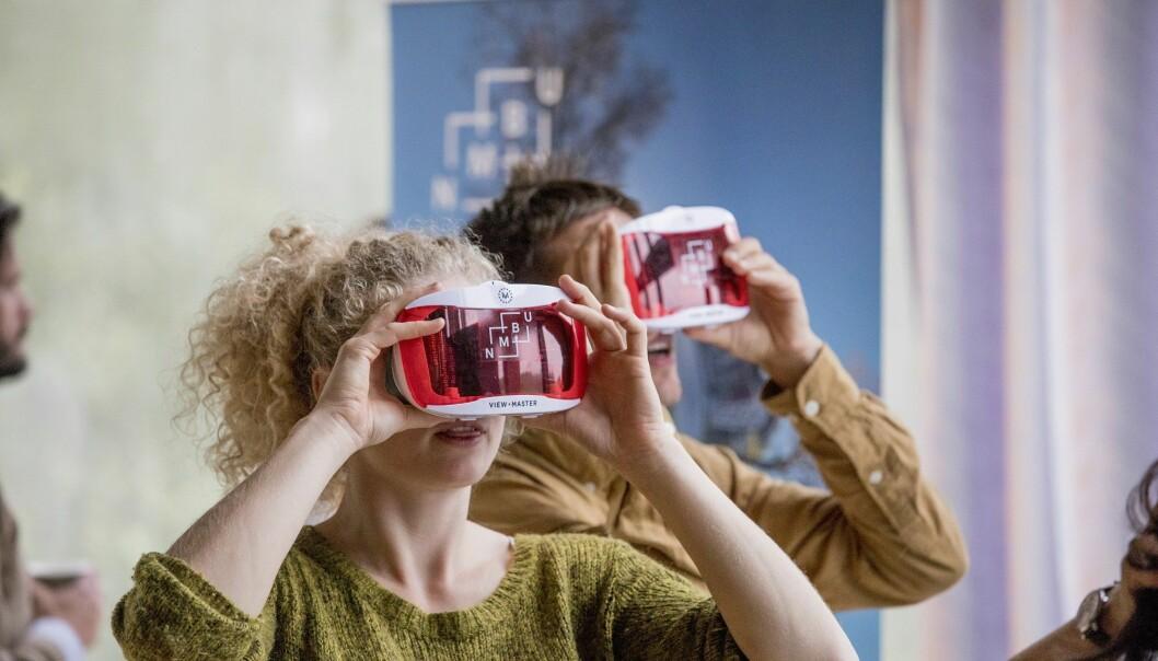 VR-briller kan brukes til mer enn bare spill og moro, ifølge forsker. (Foto: Håkon Sparre / NMBU)