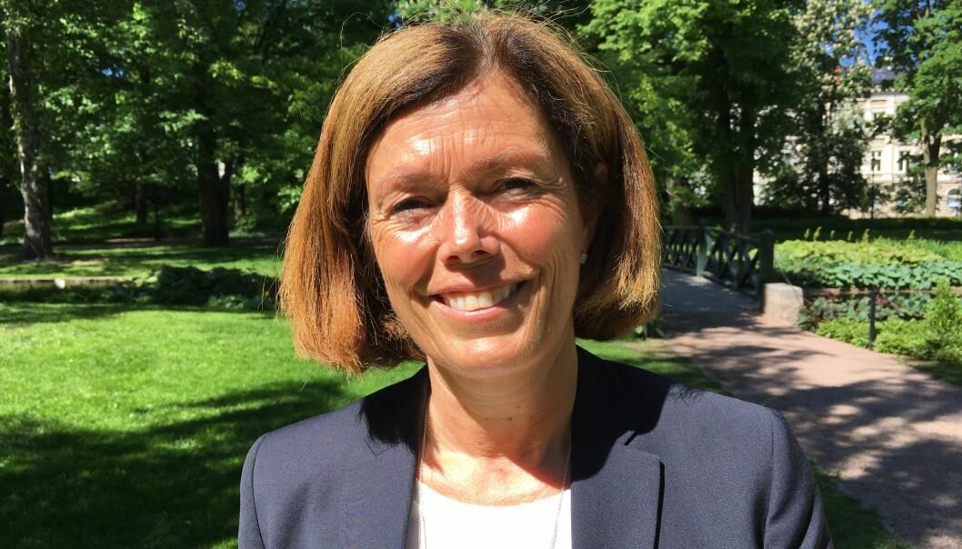 - Jeg er glad for at jeg slapp bivirkninger av cellegift, sier Kari Granås. Hun fikk diagnosen lungekreft med spredning for snart fem år siden. Nå går hun på gen-tilpasset medisin.  (Foto: Anne Lise Stranden/forskning.no)