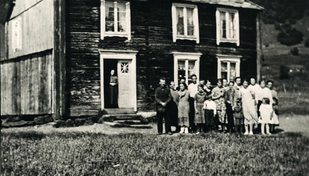 Bjørn Harald Larssen fikk tuberkulose som to-åring. Huset han bodde i ble kalt for dødens hus. (Foto: Privat)