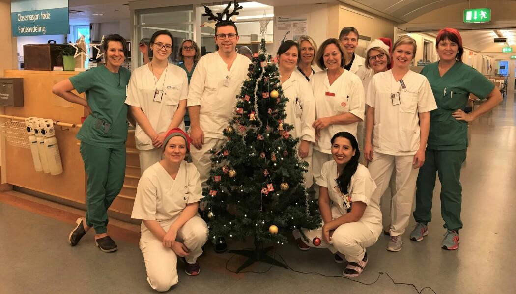 Fødselsleger, jordmødre og barnepleiere ved Oslo universitetssykehus Rikshospitalet er klare for å ta imot barna som skal fødes i jula. (Foto: Privat)