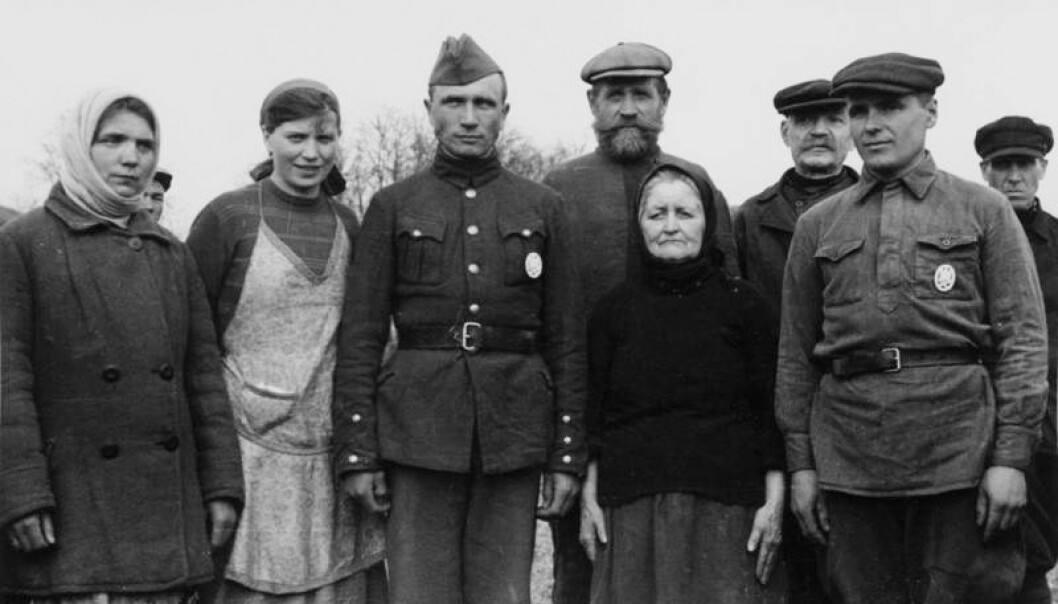 Mange russarar var velvillig innstilte til okkupasjonsmakta under 2. verdskrig. (Foto: Bundesarchiv, Bild 101I-004-3632-24 / Elle / CC-BY-SA 3.0)