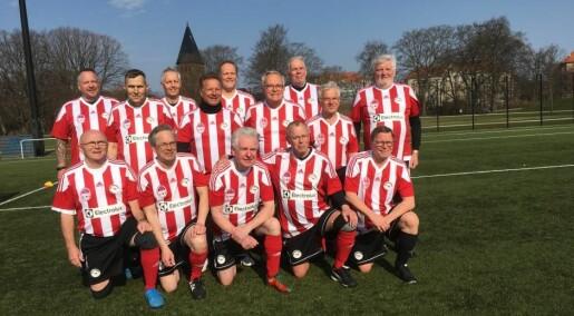 Forskere har fått hundrevis av menn med prostatakreft til å spille fotball