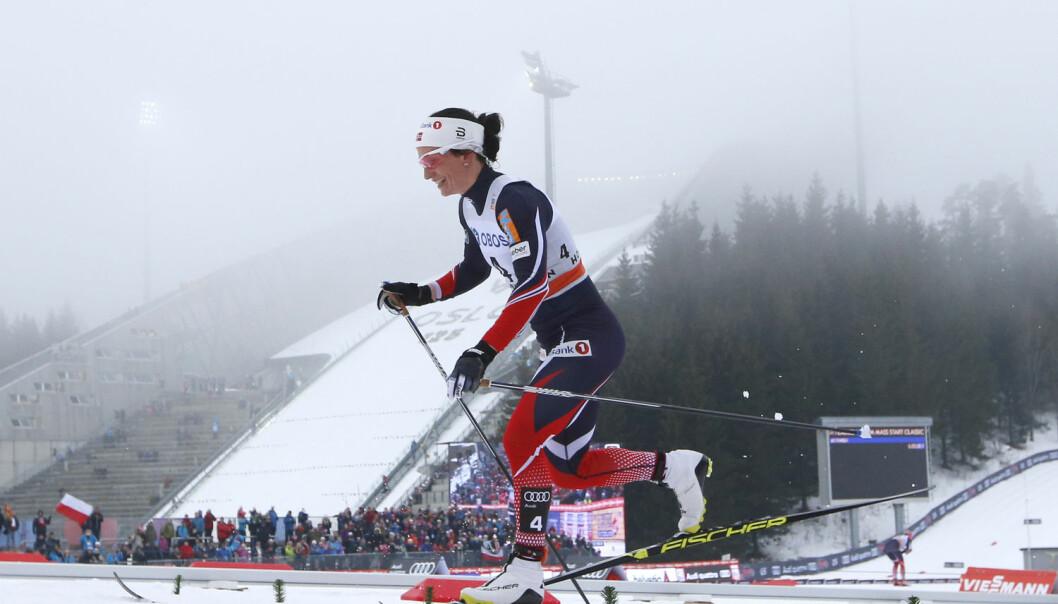 Her går Marit Bjørgen over mållinjen og inn til førsteplass under verdenscuprennet i 30 kilometer. Hva er det som gjør skiløperen så suverent god? (Foto: Foto: Berit Roald / NTB scanpix)