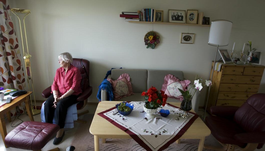 Eldre på sykehjem kan miste innflytelse over eget liv fordi helsepersonell ikke spør dem om hva slags behandling de ønsker før tilstanden blir dårligere, mener forskere. (Foto: Gorm Kallestad/NTB scanpix)