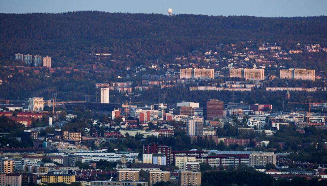 Folk i Oslo øst har oftere lav inntekt og utdanning enn innbyggerne på vestkanten. Det påvirker sjansene deres for å overleve kreften. (Foto: Håkon Mosvold Larsen/NTB scanpix)