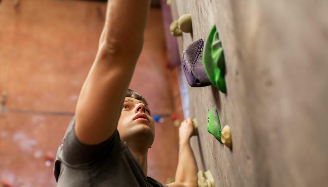 Det finnes mange metoder for å bli en bedre klatrer, men få er basert på forskning. Det har forskere ved Høgskulen på Vestlandet nå gjort noe med. (Illustrasjonsfoto: Syda Productions / Shutterstock / NTB scanpix)