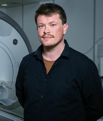 Seniorforsker Lars Tjelta Westlye og kolleger har brukt MRI til å måle hjernemønstre hos nesten 800 barn og unge. (Foto: Øystein Horgmo, UiO)