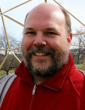 Professor Christian A. Klöckner forsker på visuell kunst og forbrukeratferd. (Foto: Nina Tveter/NTNU)