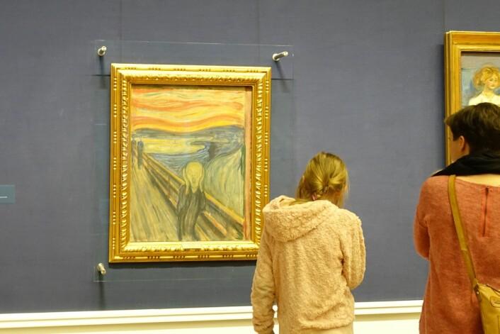 I Nasjonalgalleriet i Oslo henger «Skrik» sammen med flere andre berømte Munch-malerier. Denne versjonen er malt i 1893. (Foto: Gunn Kristin Tjoflot / UiO)