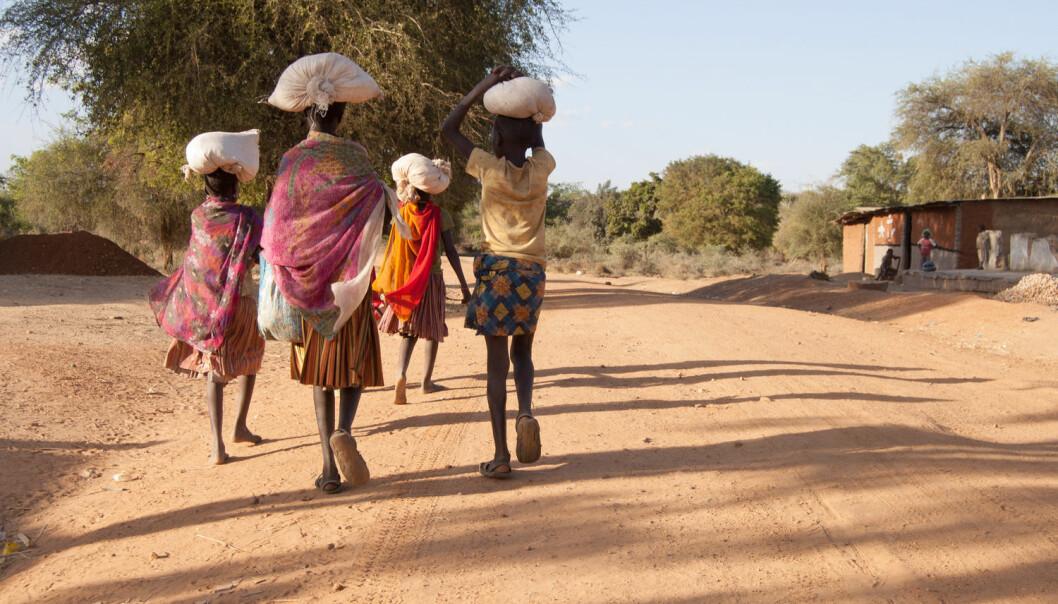 Forenklede forståelser av kvinner som passive ofre i krig og konflikt kan gi feilslåtte bistandsinnsatser, advarer kjønnsforsker. (Illustrasjonsfoto: Arjen de Ruiter / Shutterstock / NTB scanpix)