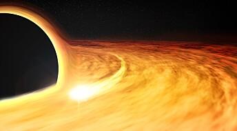 Hvor fort snurrer et digert sort hull?