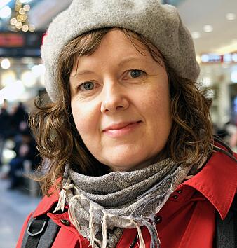 Professor Kaja Borthen ved Institutt for språk og litteratur ved NTNU har tatt for seg små ord som tilsynelatende ikke har noen betydning. (Foto: Svein-Inge Meland)
