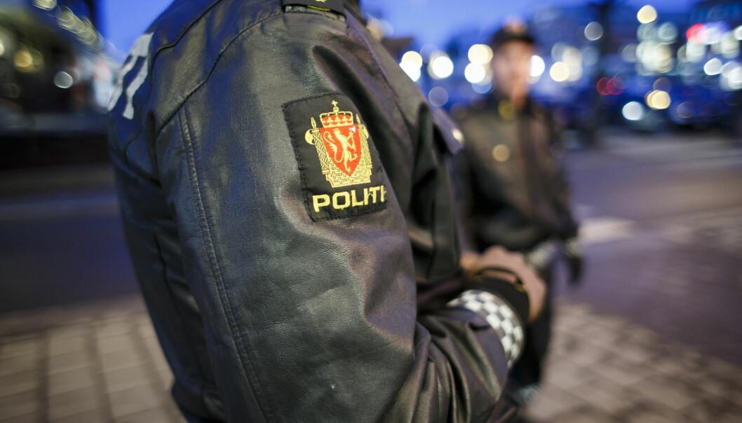 Ungdom på tvers av Norden forteller om følelsen av å bli kontrollert av politiet på grunn av klær, utseende og religiøse uttrykk. (Foto: Heiko Junge, NTB Scanpix)
