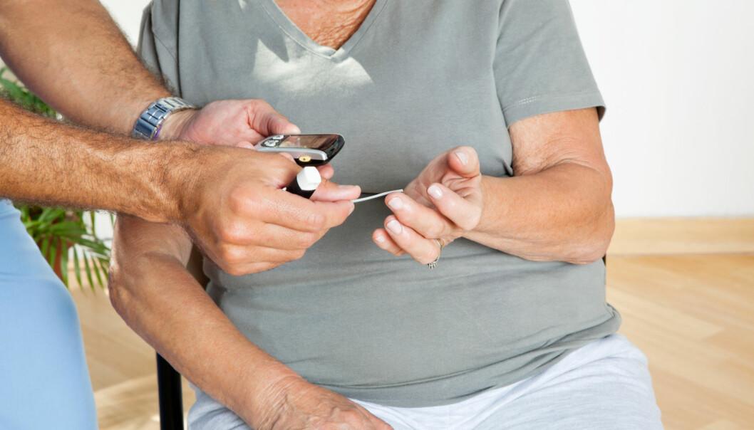 – Det er slett ikke alle ansatte på sykehjem som vet hvilke medikamenter som kan gi hypoglykemi og det er heller ikke alle som vet hva symptomene på diabetes er, ifølge forsker. (Illustrasjonsfoto: Shutterstock / NTB scanpix)