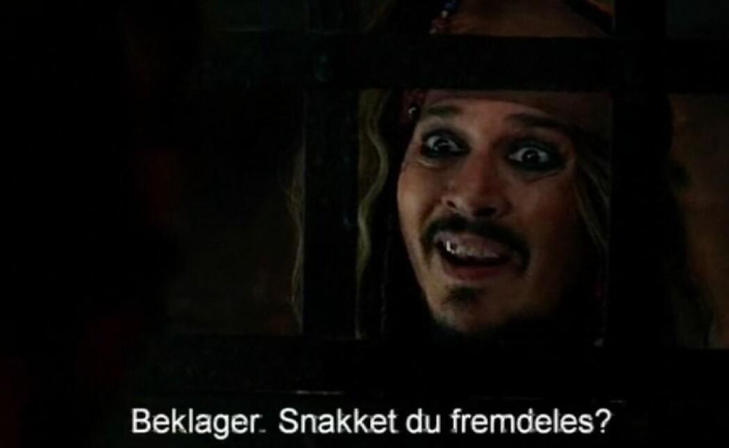 I mange land dubbes filmer og TV-serier. I Norge må du i stedet hele tiden la blikket følge med på teksten nederst på skjermen. Her fra filmen «Pirates of the Caribbean: Salazar's Revenge». (Foto: Disney)