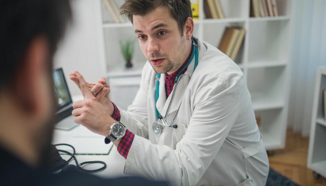 Allmennpraktikarane møter ofte pasientane først og synast det er vanskeleg å snakke med pasientane om alvoret knytt til leversjukdomen, ifølge ny studie.
