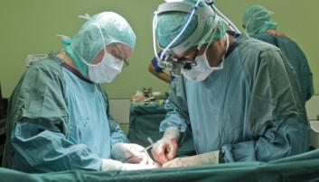 Flere pasienter skades under operasjon i Norge sammenlignet med i Sverige.  (Illustrasjonsfoto: Markus Scholz, Samfoto Argus)